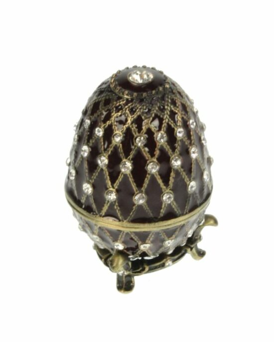 Ei doosje naar ontwerp van Fabergé bruinkleurig met strass