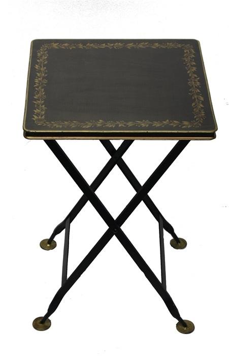 Klaptafel metaal vierkant zwart met goudkleurige blad rand