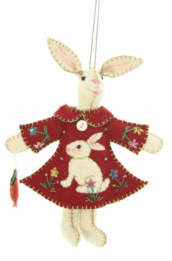 Haasje met rode jurk en konijn vilt